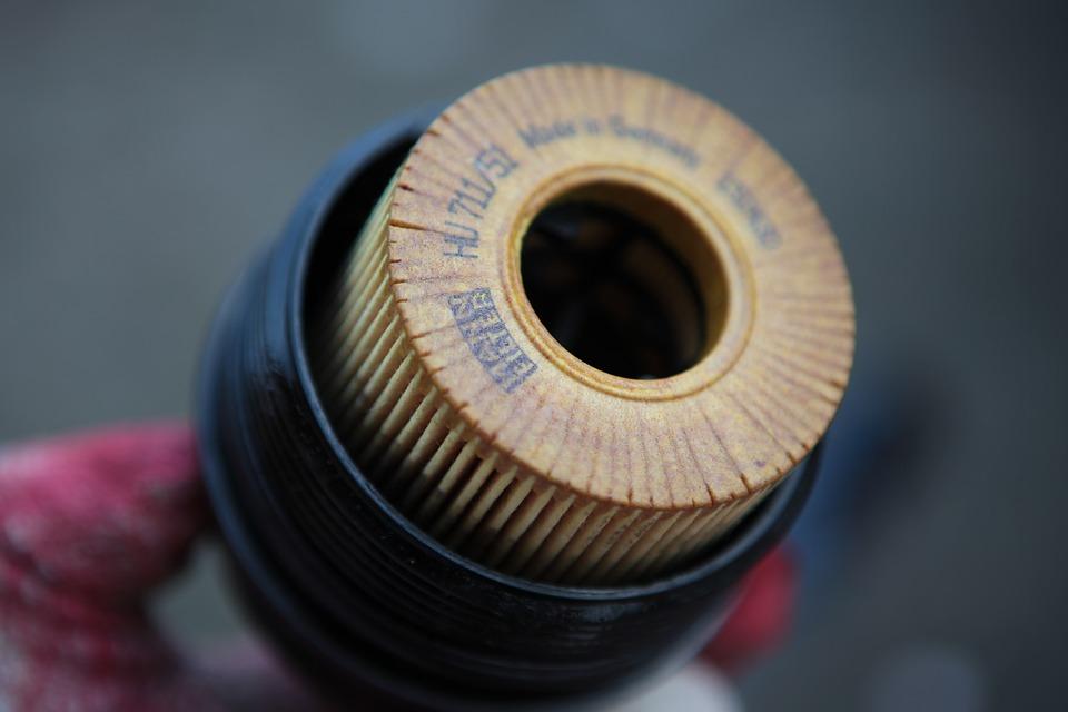 filtry porownanie 1 Porównanie filtru oleju z magnesem a flirtu oleju z zaworem zwrotnym