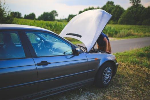[PORADNIK] Jak wymienić filtr paliwa w samochodzie?